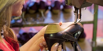 Manufacture of a shoe